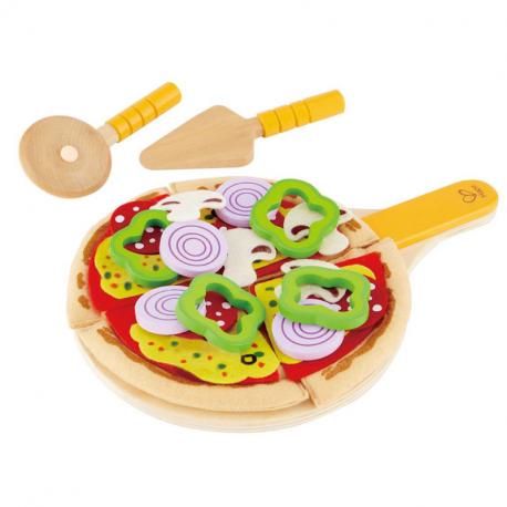 Selbstgebackene Pizza
